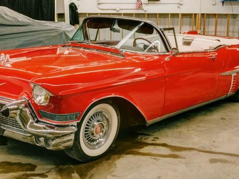 1957 Cadillac Serie 62 Convertible zu verkaufen