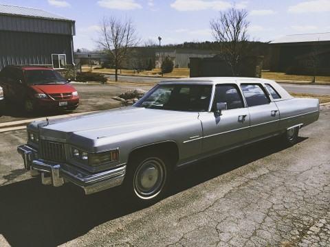 1976 Cadillac Fleetwood Brougham Limousine zu verkaufen
