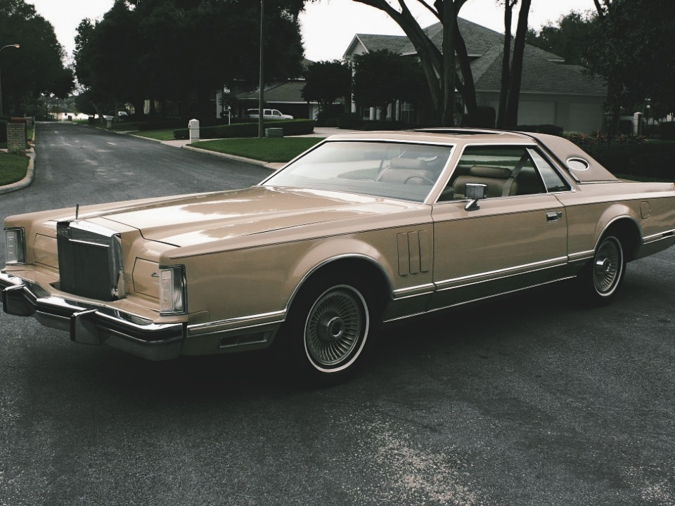 1979 Lincoln Mark V Cartier Coupe
