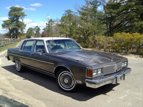 1984 Oldsmobile Ninety-Eight Brougham zu verkaufen