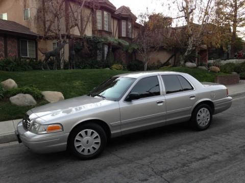 2008 Ford Crown Victoria zu verkaufen