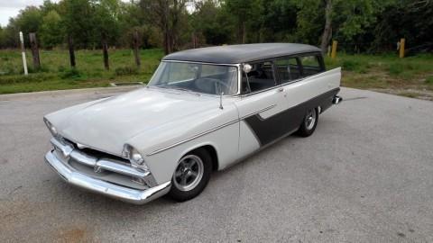 1956 Plymouth Suburban zu verkaufen