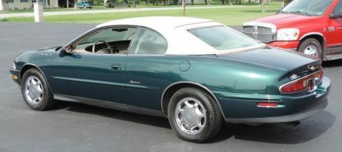 1998 Buick Riviera zu verkaufen