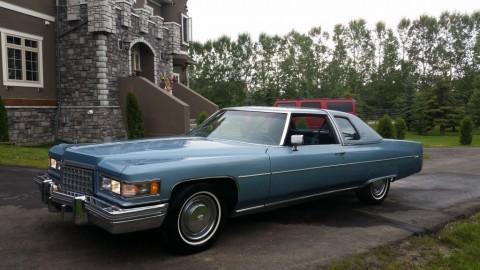 1976 Cadillac DeVille zu verkaufen