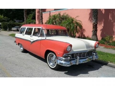 1956 Ford Fairlane zu verkaufen