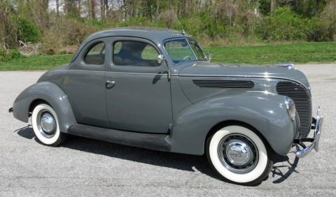 1938 Ford Deluxe Coupe zu verkaufen