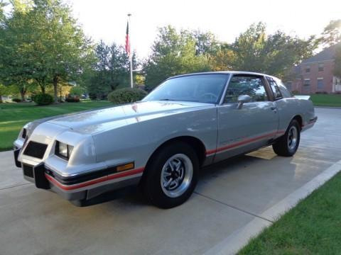 1986 Pontiac Grand Prix zu verkaufen