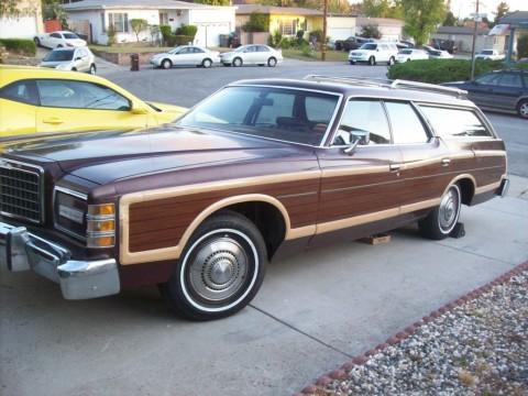 1977 Ford LTD Country Squire zu verkaufen