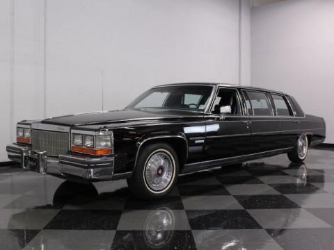1982 Cadillac DeVille Limousine zu verkaufen