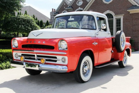 1957 Dodge D-100 zu verkaufen