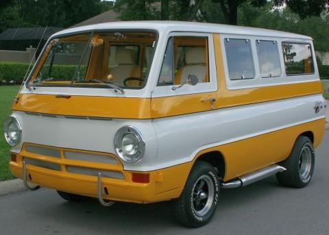 1969 Dodge A-100 Sportsman Van zu verkaufen