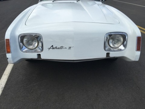 1971 Studebaker Avanti II zu verkaufen