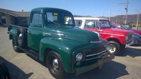 1950 International Harvester L-110 zu verkaufen