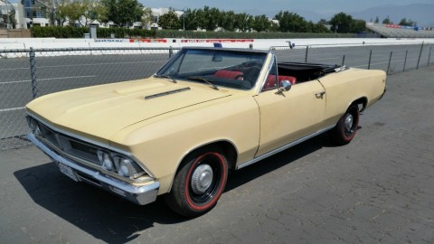 1966 Pontiac Acadian Beaumont zu verkaufen