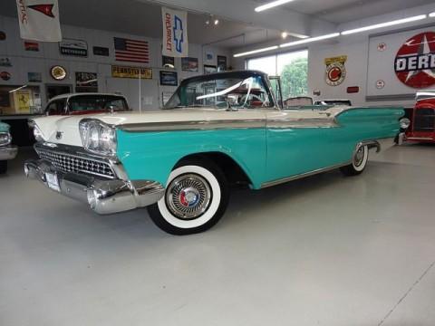 1959 Ford Skyliner zu verkaufen