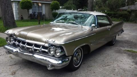 1959 Imperial Custom Coupe zu verkaufen