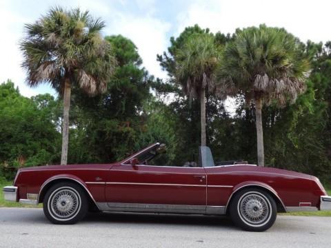 1983 Buick Riviera Convertible zu verkaufen