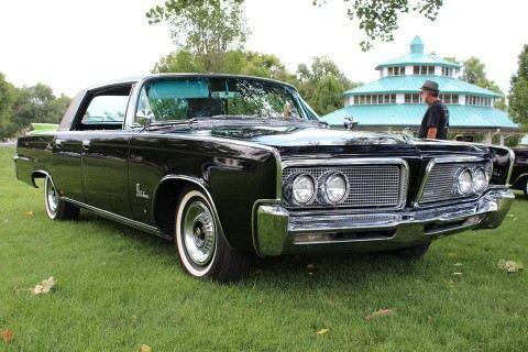 1964 Imperial LeBaron zu verkaufen