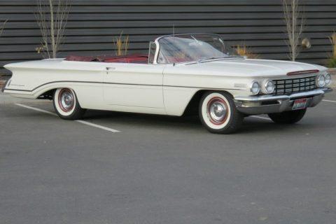 1960 Oldsmobile Dynamic 88 zu verkaufen