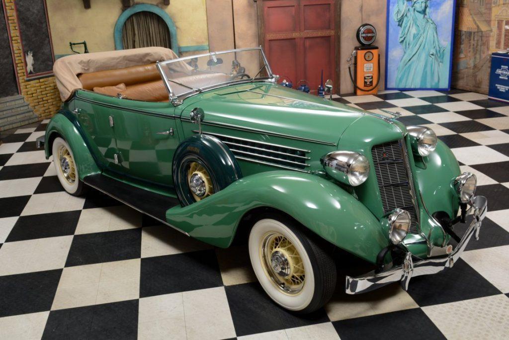 1935 Auburn 851 Phaeton Sedan