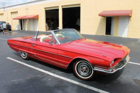 1966 Ford Thunderbird zu verkaufen