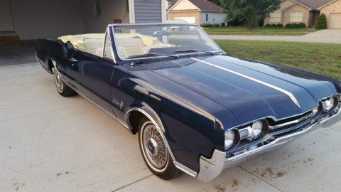 1967 Oldsmobile Cutlass Convertible zu verkaufen