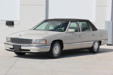 1996 Cadillac DeVille zu verkaufen