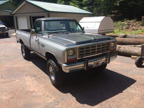 1985 Dodge W250 zu verkaufen