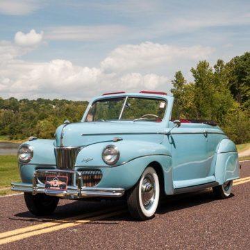1941 Ford Super Deluxe Convertible zu verkaufen