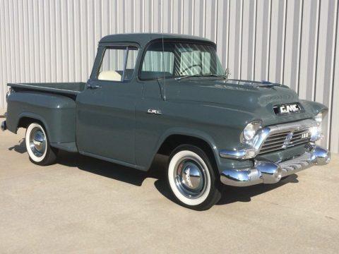 1957 GMC 100 zu verkaufen
