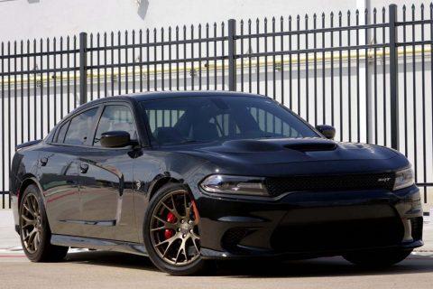 2015 Dodge Charger SRT Hellcat zu verkaufen