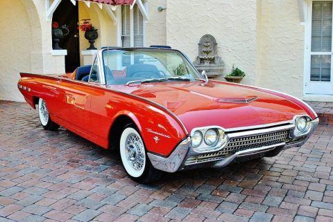 1962 Ford Thunderbird Convertible zu verkaufen