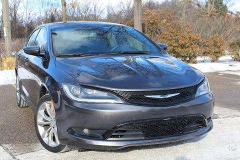 2015 Chrysler 200 zu verkaufen