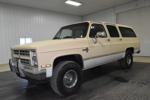 1987 Chevrolet Suburban zu verkaufen