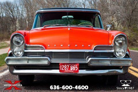 1957 Lincoln Premier zu verkaufen