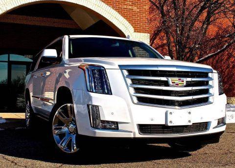 2016 Cadillac Escalade ESV zu verkaufen