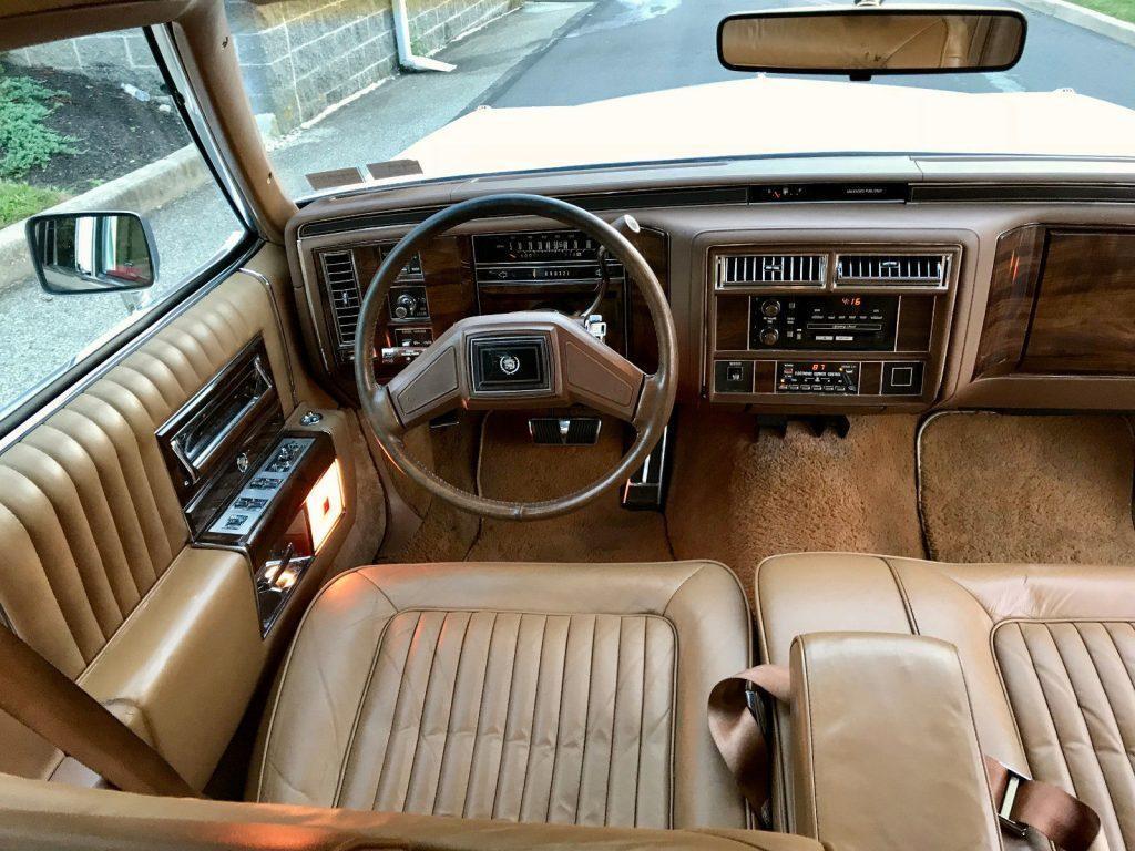 1989 Cadillac Fleetwood Brougham