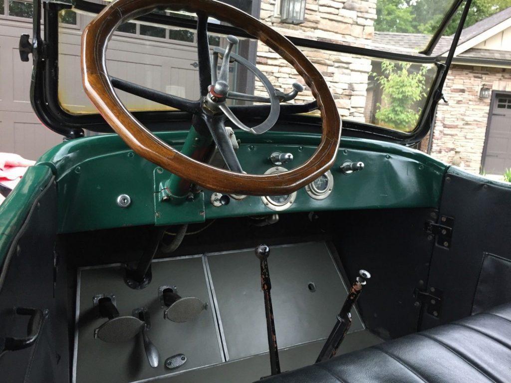 1917 Willys Overland 85-4