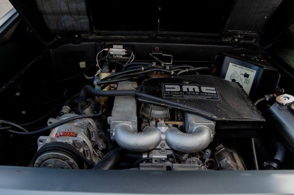 1981 DeLorean DMC-12