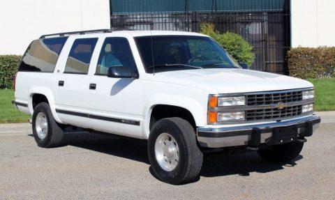 1993 Chevrolet Suburban zu verkaufen
