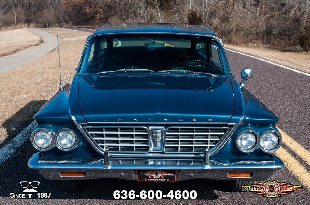 1963 Chrysler New Yorker Town & Country