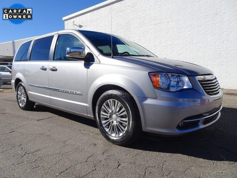 2015 Chrysler Town & Country zu verkaufen