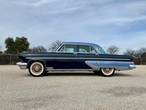1955 Lincoln Capri zu verkaufen