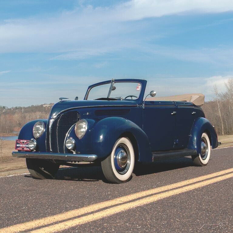 1938 Ford DeLuxe Phaeton