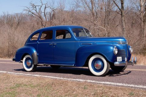 1940 Plymouth Deluxe Touring Sedan zu verkaufen