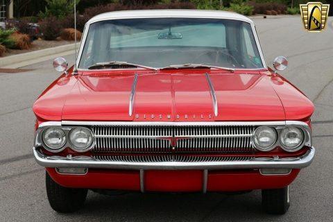 1962 Oldsmobile Jetfire zu verkaufen