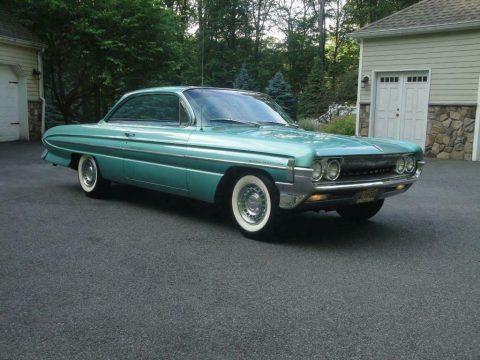 1961 Oldsmobile Eighty-Eight zu verkaufen