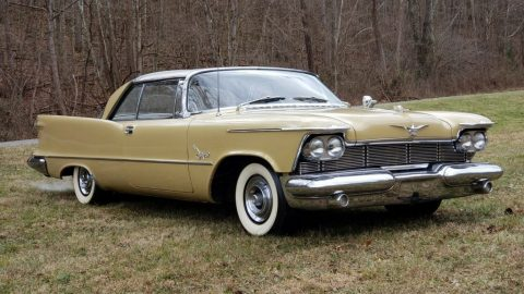 1958 Imperial Southampton zu verkaufen
