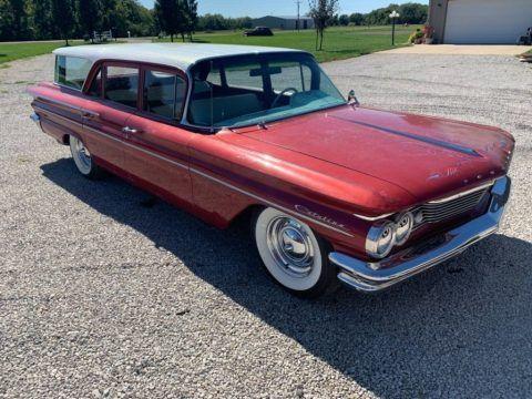 1960 Pontiac Safari zu verkaufen