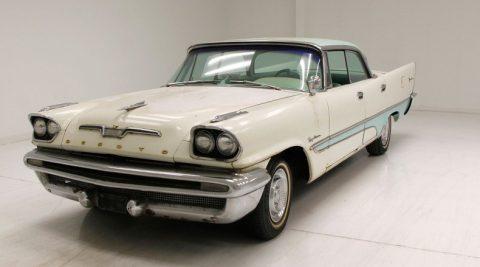 1957 DeSoto Firedome zu verkaufen